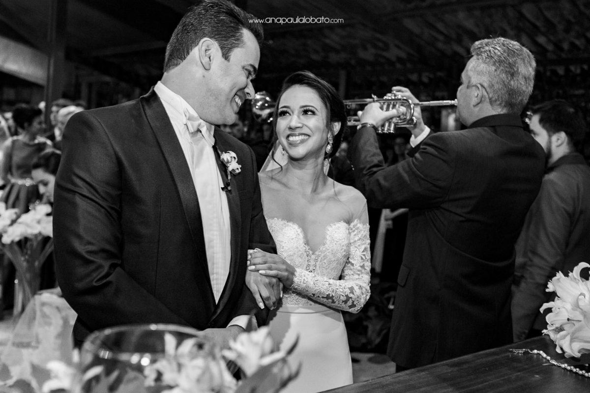 Casamento romântico com um toque moderno
