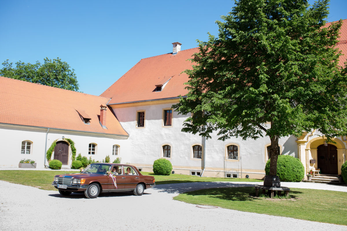 wedding in schloss ehrenfels