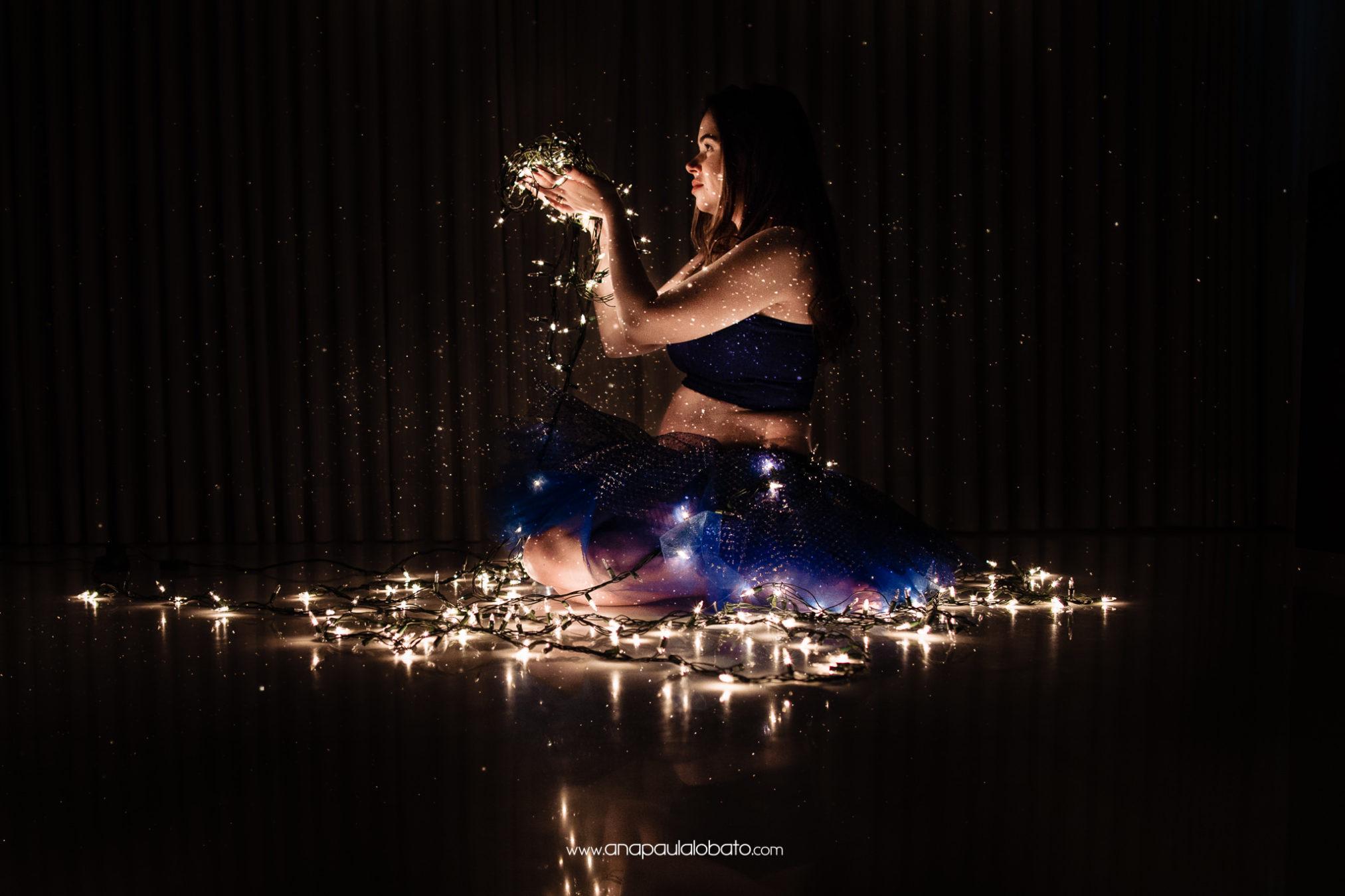 foto de gravida com luzinhas