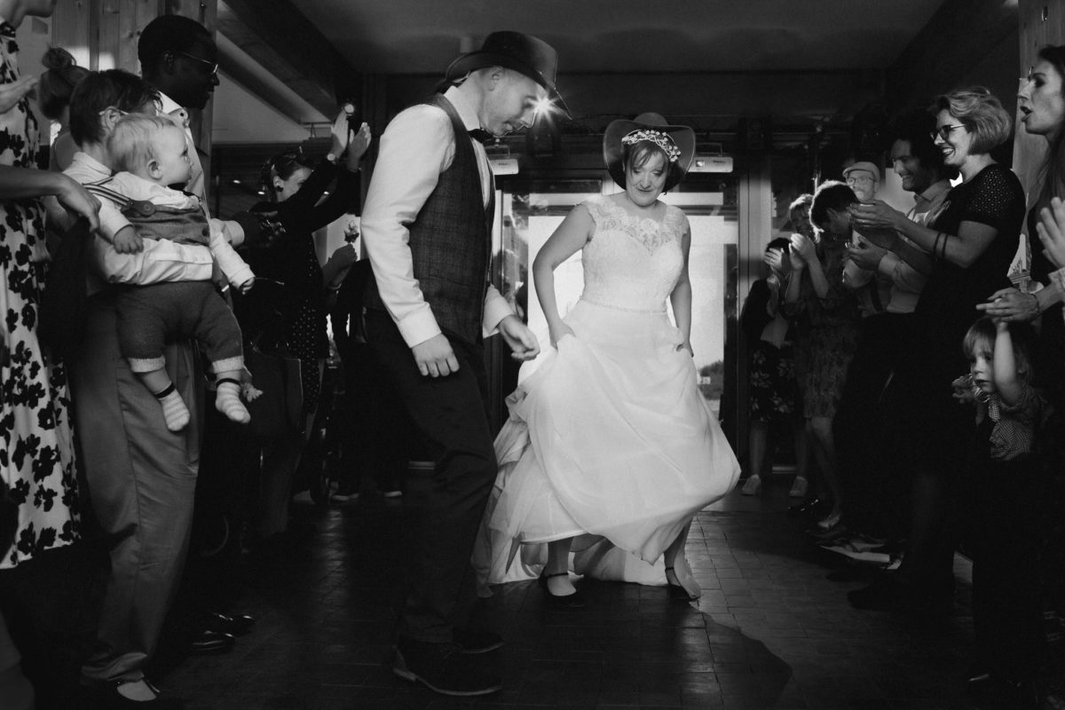 danca country no casamento